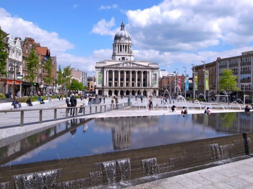 nottingham_council_house_and_old_market_square
