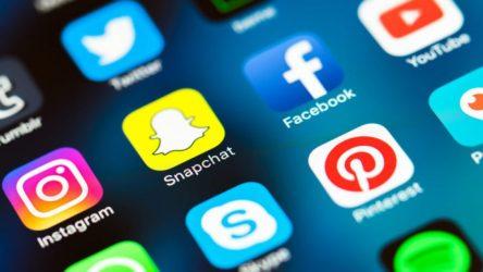 social-media-mobile-icons-snapchat-facebook-instagram-ss-800x450-3-800x450-n5ylgzau2pldbncv5yivb0m55j32i2mmjshbef7rw4